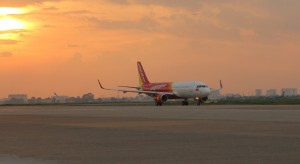Vietjet's new A320 coded VN-A662 landed at Tan Son Nhat International Airport on September 25